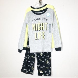 Carters Boys Spacecraft Fleece Pijama 5T MSRP $20